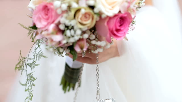 close up on bride wedding details - bouquet video stock e b–roll