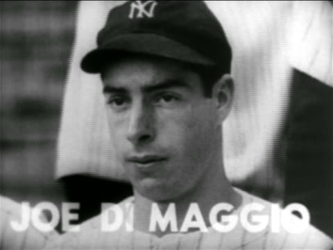 vidéos et rushes de b/w 1938 close up portrait joe dimaggio in baseball cap / new york yankees - casquette de baseball