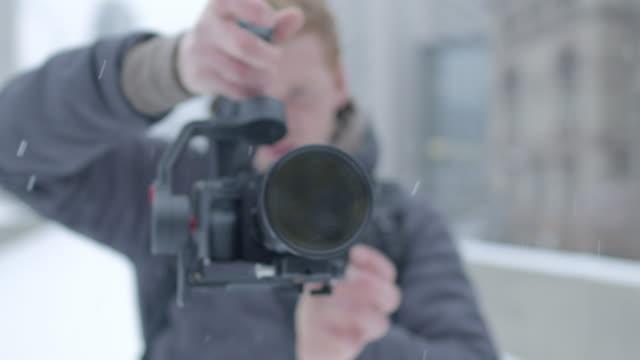 nahaufnahme von dop - wintermantel stock-videos und b-roll-filmmaterial