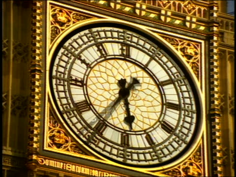 close up time lapse hands moving on face of clock on big ben / london - sheppard132 stock videos & royalty-free footage