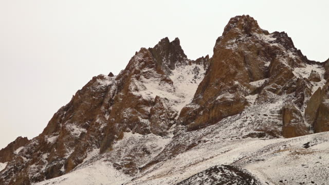 close up view of indian himalayan horns and peaks. - ripido video stock e b–roll