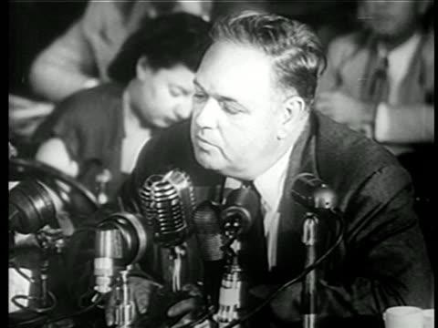 vídeos y material grabado en eventos de stock de close up whittaker chambers testifying for house committee on un-american activities / newsreel - only mature men