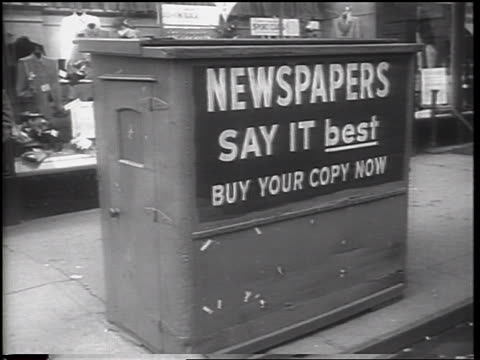 closed newsstand on nyc street / newspaper strike / newsreel - newspaper strike stock videos & royalty-free footage