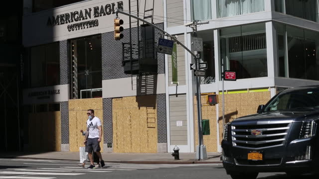 closed retail businesses in manhattan new york city ny us on monday june 8 2020 many stores around new york have been boarded up based the on... - human neck stock videos & royalty-free footage