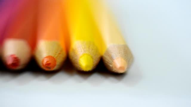 色鉛筆でクローズ アップ - 学校備品点の映像素材/bロール