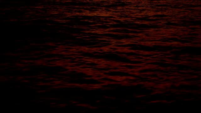 stockvideo's en b-roll-footage met close-up at sea - mar