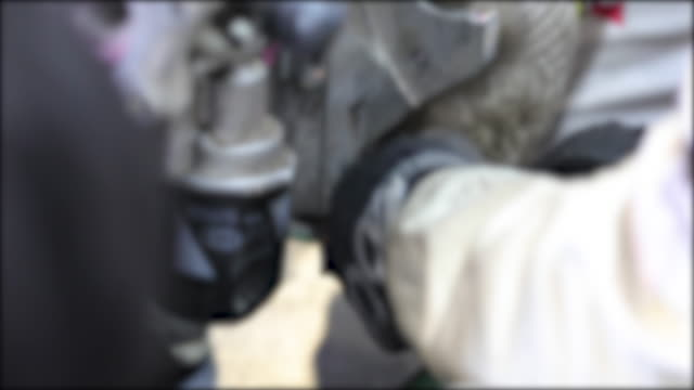 close-up hand of auto mechanic repair engine and check the car for faults and errors - anatomical valve stock videos & royalty-free footage