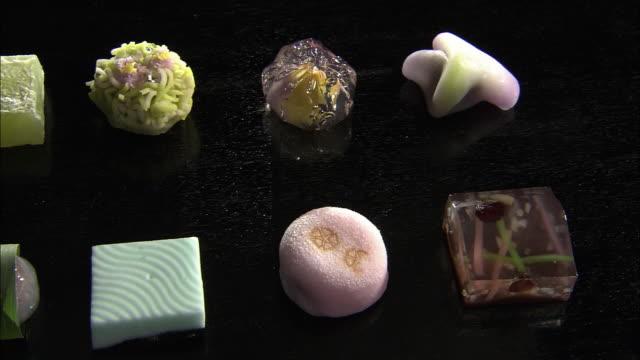 vídeos y material grabado en eventos de stock de closeup; jo-namagashi, a kind of japanese traditional sweets, wagashi - grupo mediano de objetos
