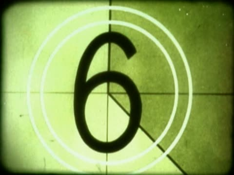 vídeos de stock, filmes e b-roll de close-up of a countdown on a film leader - número 8