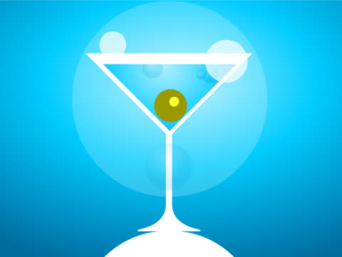 stockvideo's en b-roll-footage met close-up of a martini glass with an olive - martiniglas