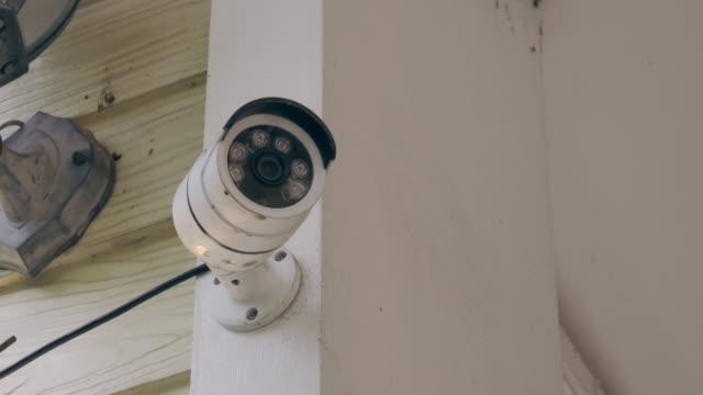 nahaufnahme der geschlossenen kamera - kontrolle stock-videos und b-roll-filmmaterial