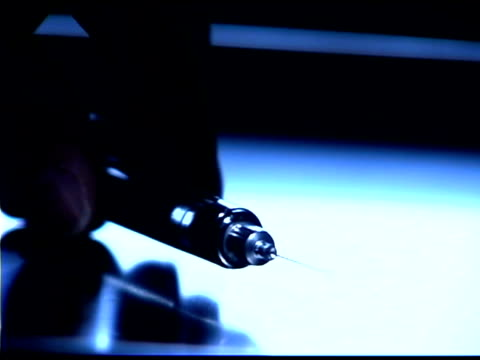 close-up of dental syringe - getönt stock-videos und b-roll-filmmaterial
