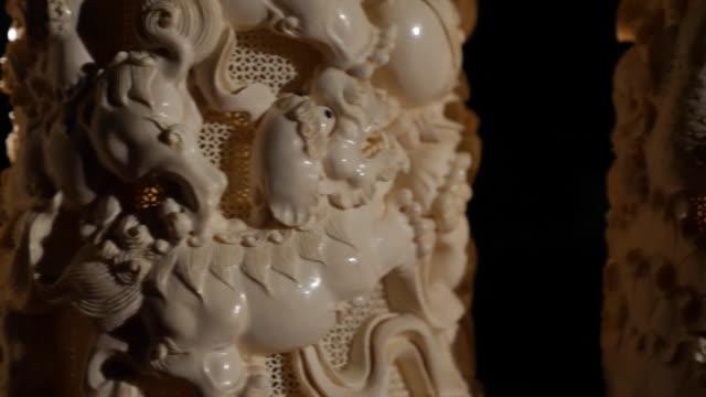 closeup of ivory carvings in china - 象牙点の映像素材/bロール