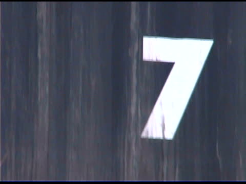 close-up of number seven - zahl 7 stock-videos und b-roll-filmmaterial