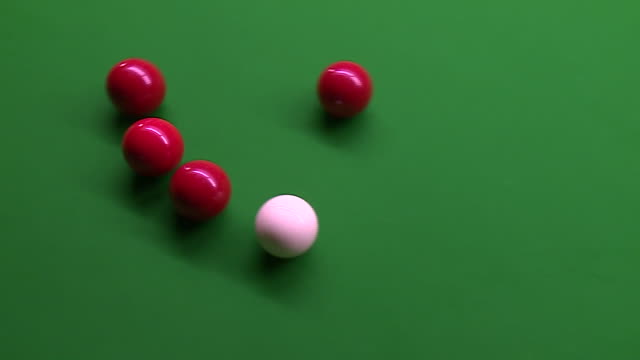 close-up of snooker being played - キュー点の映像素材/bロール