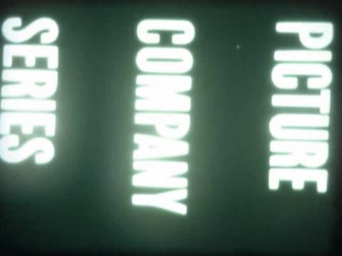 vídeos de stock, filmes e b-roll de close-up of text on a film leader - desaparecer gradualmente