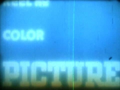 vidéos et rushes de close-up of text on a film leader - écriture européenne