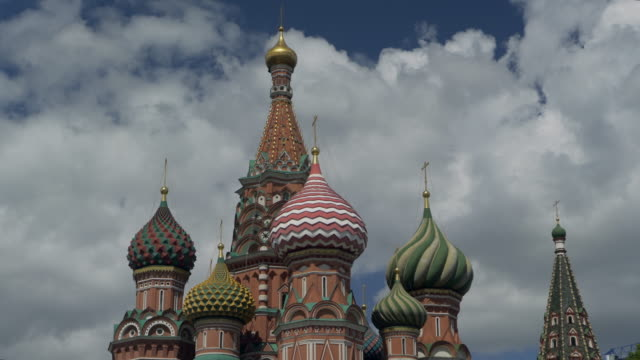 close-up: ornate and colorful domes on moscow's saint basil's cathedral - moscow russia stock videos & royalty-free footage