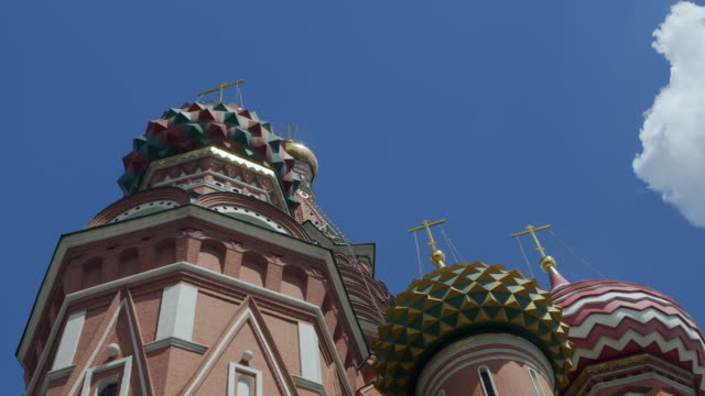 close-up: red brick and colorful details on moscow's saint basil's cathedral - basil stock videos & royalty-free footage