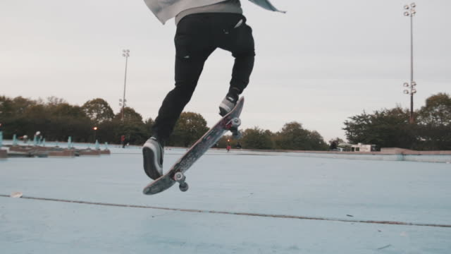 closeup shot of an unrecognizable man skateboarding in queens, nyc - exhilaration stock videos and b-roll footage
