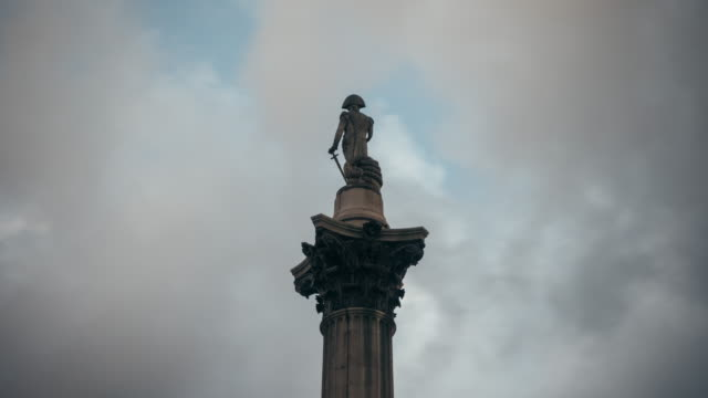 Closeup timelapse of Nelson's Column in Trafalgar Square (London)