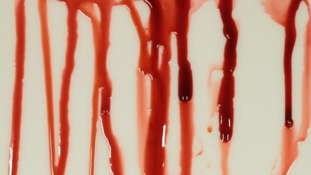 vidéos et rushes de vidéo de plan rapproché de sang - touche de couleur