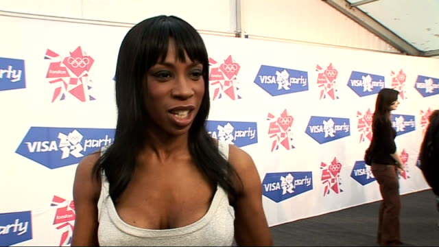 closing ceremony / handover to london: london concert backstage; heather small interview sot - talks of performing at olympics concert / talks of... - ストリクトリーカムダンシング点の映像素材/bロール