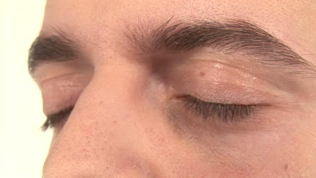 HD: Closing Eyes
