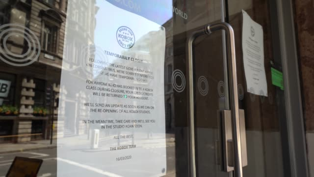 covid19 closing information sign at kobox london wall as the government has yet to announce the easing of restrictions for gyms on june 24 2020 in... - gym stock videos & royalty-free footage