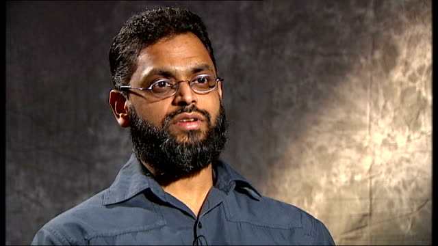 vídeos de stock, filmes e b-roll de closure of guantanamo bay prison camp priority for obama administration moazzam begg interview continued sot talks of being subjected to loud music... - moazzam begg