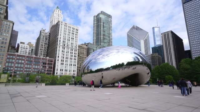 cloud gate sculpture (the bean), millennium park, chicago, illinois, united states of america, north america - sculpture stock videos & royalty-free footage
