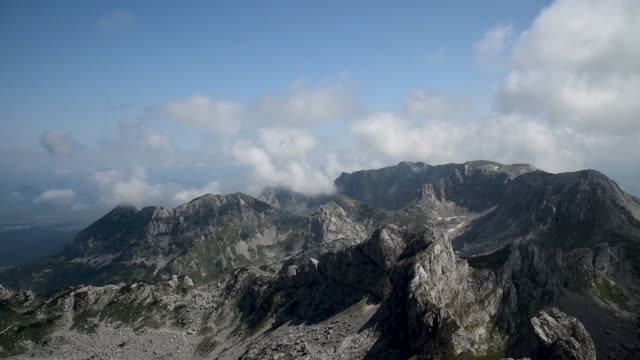 cloud timelapse in durmitor national park - durmitor national park stock videos & royalty-free footage