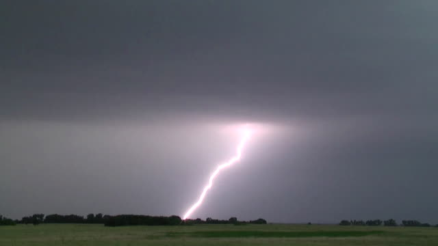cloud to ground lightning bolt, supercell thunderstorm, storm clouds - real time stock videos & royalty-free footage