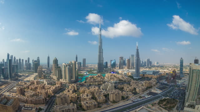 stockvideo's en b-roll-footage met cloudlapse downtown dubai - groothoek