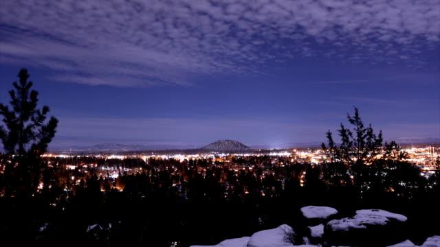 雲の上の山 - オレゴン州点の映像素材/bロール