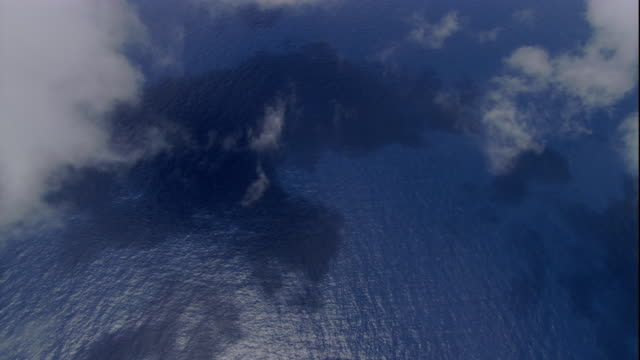clouds hang over the pacific ocean near australia. available in hd. - pacific ocean stock videos & royalty-free footage
