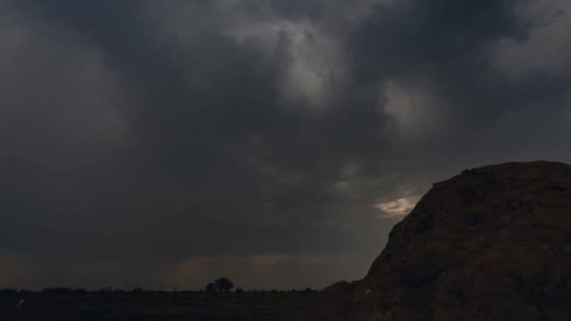 stockvideo's en b-roll-footage met clouds movement / sudd swamps, south sudan, africa - verzameling