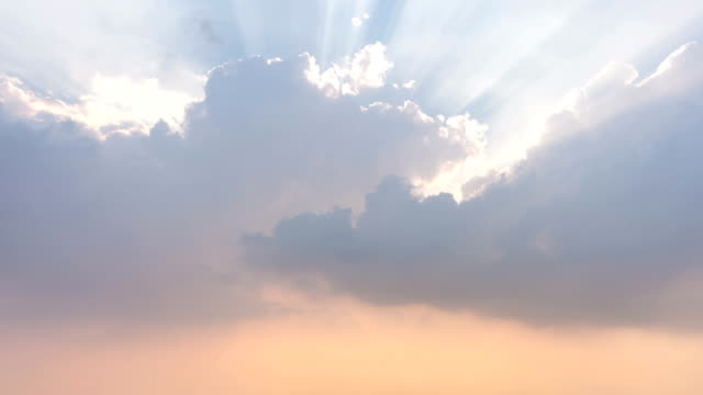 T/L WS Clouds Moving / Guangzhou, China