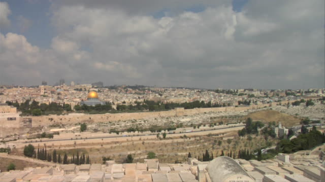 Clouds pass over the Dome of the Rock