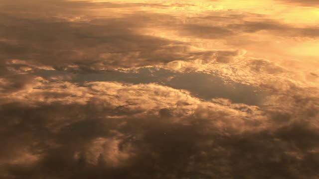 vídeos y material grabado en eventos de stock de cu, clouds reflected in water at sunset, snake river, grand teton national park, wyoming, usa - río snake