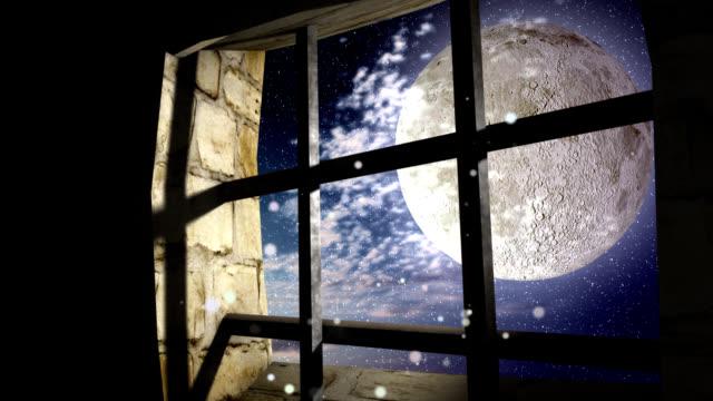vídeos y material grabado en eventos de stock de nubes en la luna llena de la noche a través de la ventana de la cárcel - bastilla