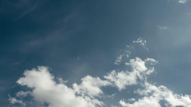 vídeos de stock e filmes b-roll de clouds time lapse - céu vida após a morte
