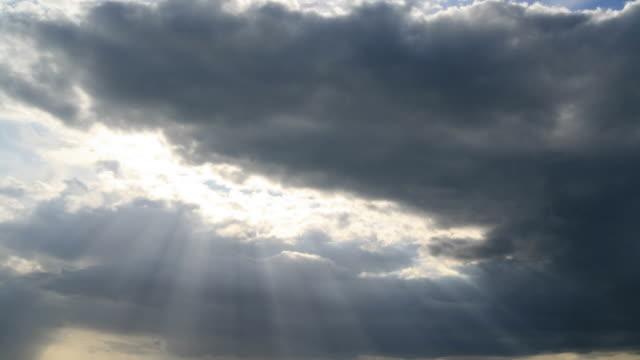 vídeos de stock, filmes e b-roll de cloudscape, intervalo de tempo - overcast