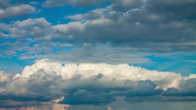 """vídeos de stock e filmes b-roll de hd """"time-lapse"""": paisagem com nuvens - filme colagem"""