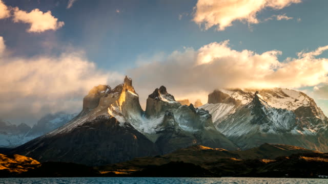cloudy dawn in torres del paine, chile - mountain range stock videos & royalty-free footage