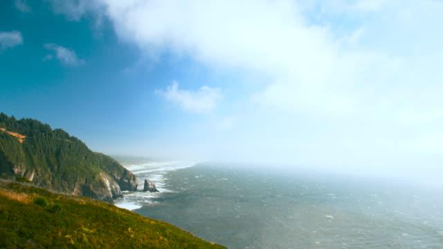 cloudy sky time lapse, oregon coast - costa dell'oregon video stock e b–roll
