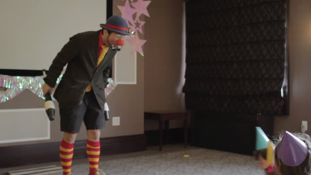 ms tu td clown intertening to childerns / new york, united states  - clown stock videos & royalty-free footage