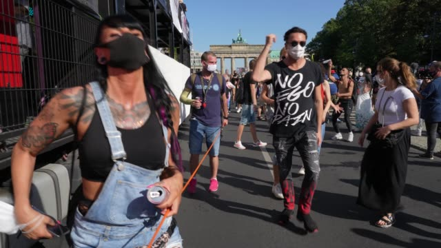 "DEU: Clubbing Enthusiasts Dance In The ""Love World Peace Parade"" During The Coronavirus Pandemic"