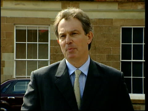 stockvideo's en b-roll-footage met co down hillsborough ext ms tony blair mp towards from building to speak to press with peter mandelson mp side ms blair standing with others tony... - david trimble