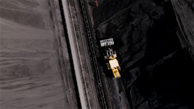 vidéos et rushes de coal mine, poland - coal